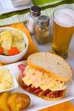 Dag Reuben Sandwich för St Patricks Arkivbild