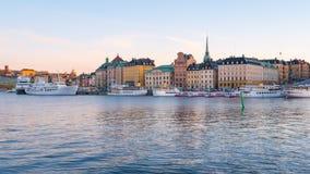 Dag till nattetidschackningsperiodvideoen av den Stockholm staden i Sverige lager videofilmer