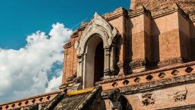 Dag timelapse van een tempel in Chiang Mai, Thailand stock videobeelden