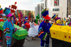 Dag van de dode parade in Mexico-City Stock Afbeelding