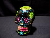Dag van Dood Sugar Skull in Zwarte royalty-vrije stock afbeelding
