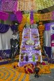 Dag van het dode aanbiedende altaar Stock Afbeelding