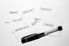 Dagar av veckan med pennan Arkivfoto