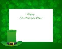 Dagbakgrund för St Patricks med kortet Arkivfoton