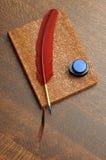 Dagboek met de Pen en de Inkt van de Veer Royalty-vrije Stock Foto's