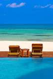 Dagdrivare på den Maldiverna stranden Arkivbilder