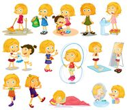 Dagelijkse activiteiten van jonge blondie Stock Foto's