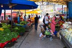 Dagelijkse traditionele bazaar in Slijmbeurs, Turkije royalty-vrije stock afbeelding
