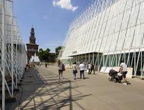 335 dagen aan EXPO 2015, bouwterrein in largo Cairoli, Milaan Royalty-vrije Stock Foto's