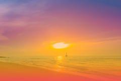 Dagen såg jag den färgrika himlen Arkivbilder