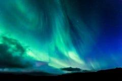Dageraad in IJsland bij nacht Royalty-vrije Stock Foto