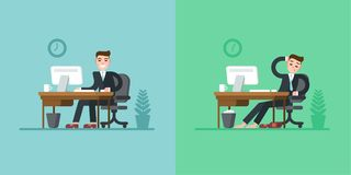 Daglig rutin för kontorsarbetare Affärsman i dräktsammanträde på skrivbordet och arbete på datoren Tröttat på slutet av Fotografering för Bildbyråer