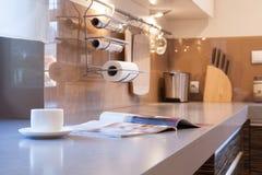 Dagligt liv i köket arkivfoto