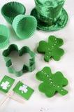 Dagmatlagning för St Patricks och stekhett begrepp Royaltyfria Foton