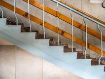 Dagmening van oude kleurrijke marmeren stappen Stock Afbeelding