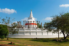 Dagoba de Thuparamaya en Anuradhapura, Sri Lanka fotos de archivo