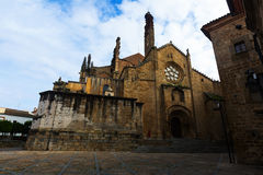 Dagsikt av den Plasencia domkyrkan Royaltyfri Foto