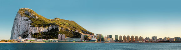 Dagsikt av Gibraltar Arkivbilder