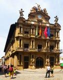 Dagsikt av stadshuset i Pamplona Royaltyfri Fotografi