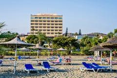 Dagsljussikt till St Raphael Resort Royaltyfria Bilder