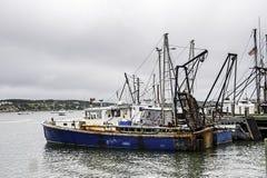 Dagslut i den Wellfleet hamnen Arkivfoton