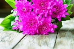 Dahlia bouquet on the table Royalty Free Stock Photos