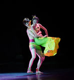 Dai ο ζεύγος-εθνικός λαϊκός χορός Στοκ φωτογραφίες με δικαίωμα ελεύθερης χρήσης