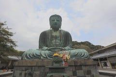 Daibutsu -著名伟大的菩萨古铜雕象 库存照片