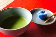 Daifuku с чаем Matcha зеленым Стоковые Фотографии RF