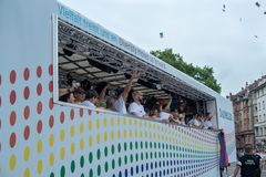 Daimler che sostiene Christopher Street Day 2014 a Stuttgart, Germania Immagini Stock