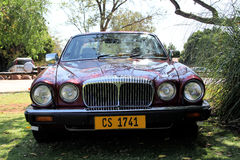 Daimler dubblett 1984 sex sikt för salong V12 för serie III främre Arkivbild