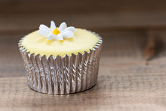 Dainty cupcake with icing design Royalty Free Stock Photography