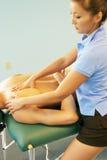 daj na terapii masażystka obrazy stock