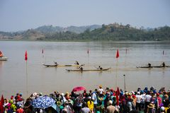 Dak Lak , Vietnam - March 12, 2017 : Traditional dug-out canoe racing festival on the Lak lake in Dak Lak, center highland of Viet. Nam Stock Photography