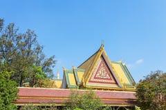 Dak van archirtecture in Royal Palace Kambodja, Phnom Penh, Kambodja stock foto's