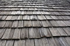 Dak van de hut uit hout wordt samengesteld dat Stock Foto