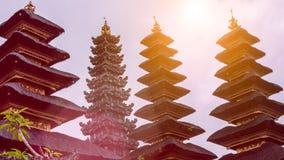 Daken in Pura Besakih Temple in het Eiland van Bali, Indonesië stock foto's