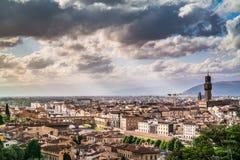 Daken van Florence in de lentezon royalty-vrije stock foto's