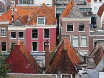 Daken van huizen leiden Nederland Stock Afbeeldingen