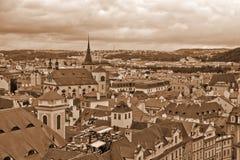 Daken van Oud Praag (SEPIA) Stock Foto's