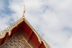 Dakgeveltop in Thaise stijl, Wat Pho, Thailand Stock Afbeeldingen