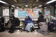 Dakloze mensen die in Union Square slapen royalty-vrije stock afbeelding