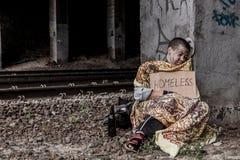 Daklozen onder de brug Royalty-vrije Stock Foto's