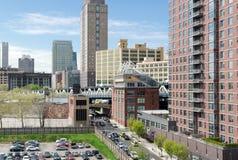 Dakmening van Dumbo, de Brug van Manhattan, en Brooklyn Van de binnenstad Stock Afbeelding