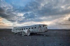 Dakota samolotu wrak na wrak plaży w Vik, Iceland Zdjęcie Stock