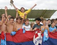 Dakovo - Tuzla het spel van het de jeugdvoetbal Stock Afbeeldingen