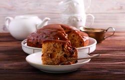 Daktylowy tort z karmel polewą obraz stock