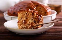 Daktylowy tort z karmel polewą obrazy royalty free