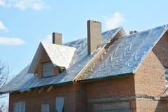Dakwerk materiële Waterdicht voor thermisch-isolatie en het waterdicht maken, warme dakbouw en dak waterdicht makend membraan stock foto's