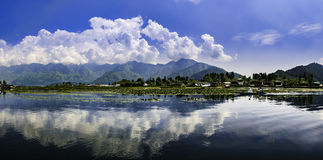 Dal湖,斯利那加,印度全景风景  免版税库存图片